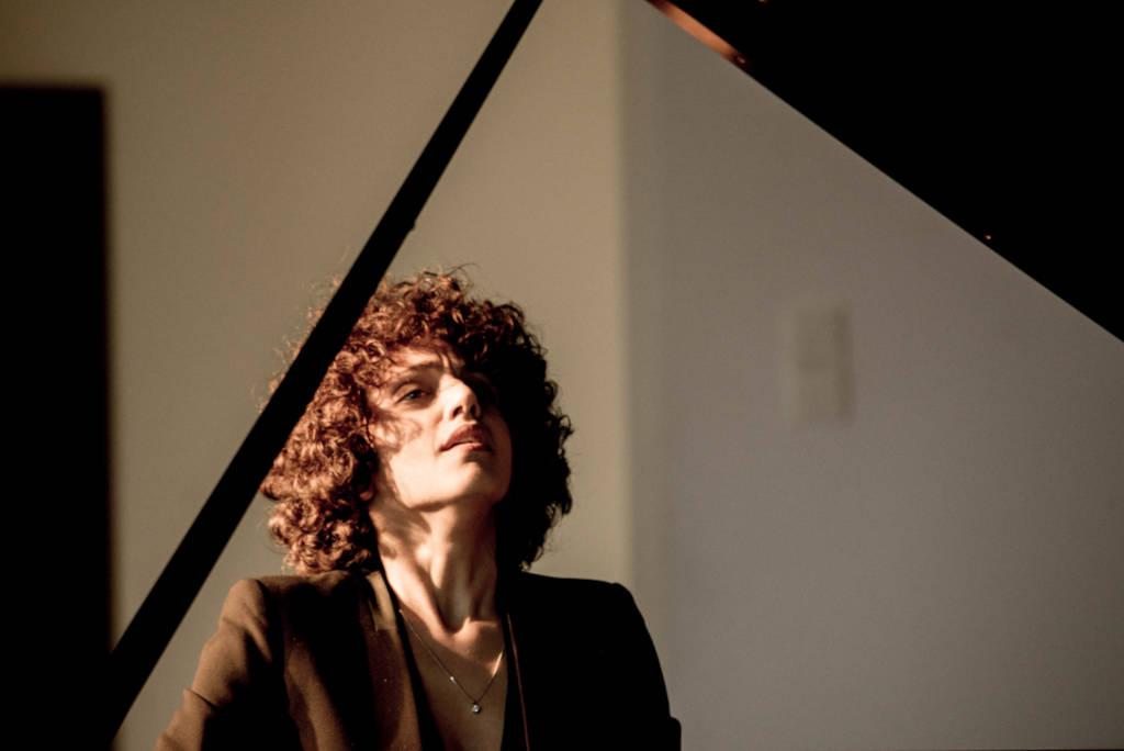 Diana Sahakyan - Piano